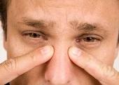 Zapalenie spojówek - przyczyny oraz objawy